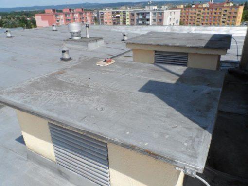 Oprava střechy a vstupu – Olomouc, Urxova 13