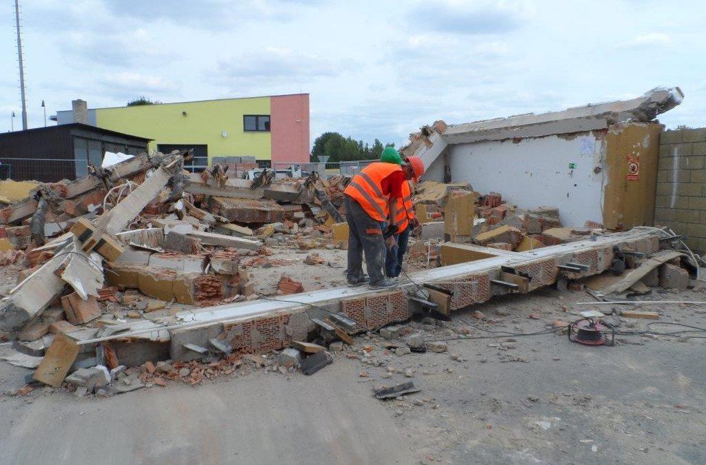 Demolice stavby a základu Signalbau s.r.o. – Přerov-Lověšice
